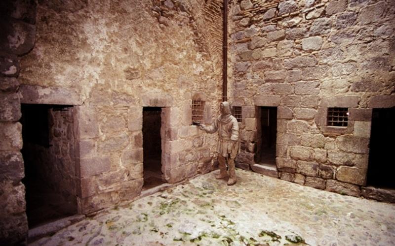 Musée d'histoire médiévale de la prison de Castelló d'Empuries, XIVe siècle