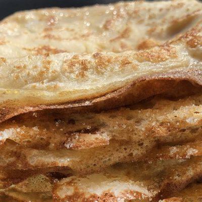 Recette de Frixuelos, le dessert asturien semblable aux crêpes françaises et aux filloas galiciennes