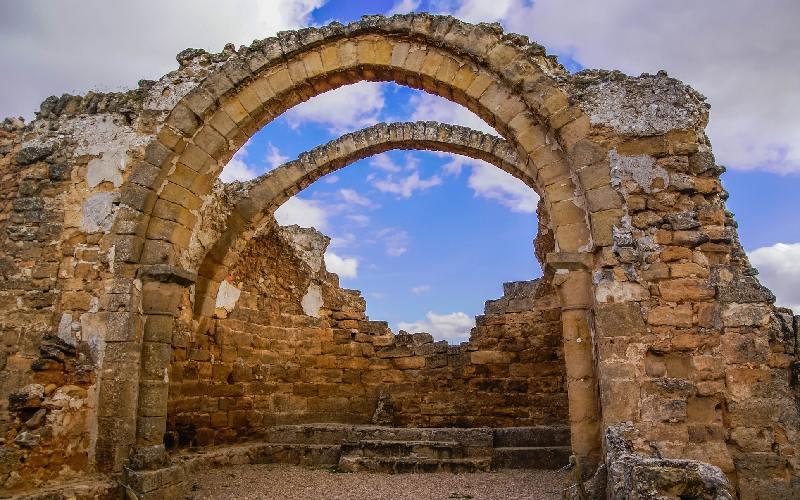Arcs de l'église de Recópolis