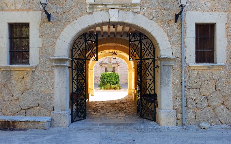 Accès au monastère