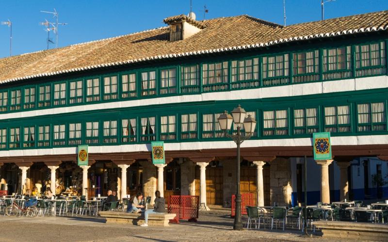 Détail des galeries vitrées de la place d'Almagro