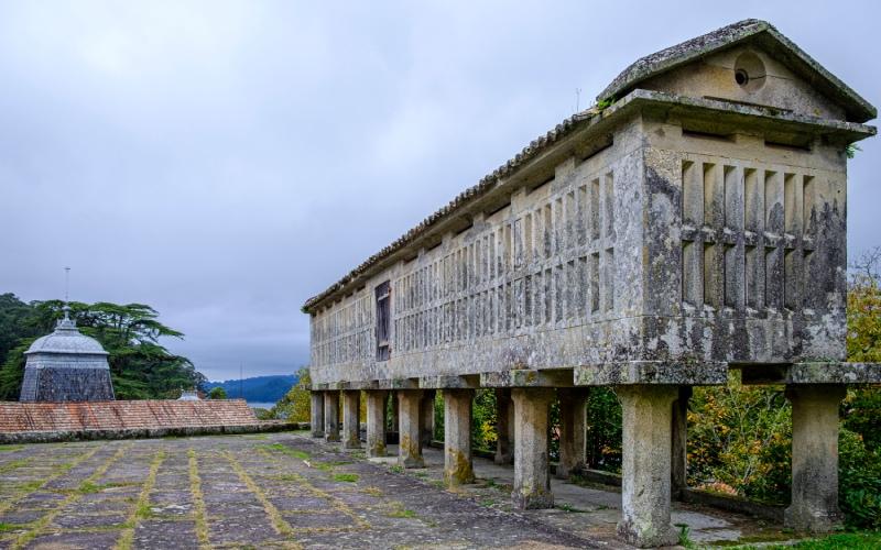Hórreo ou grenier du Pazo de Lourizán