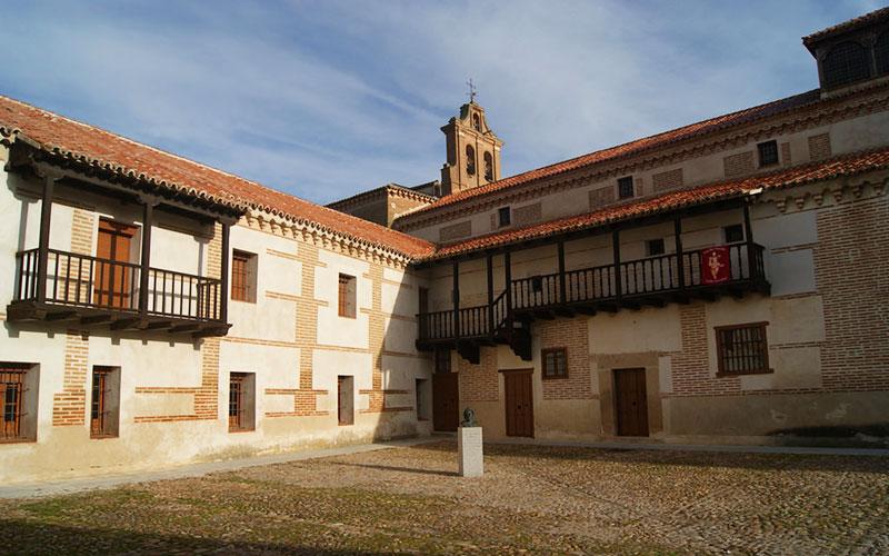 Monastère Nuestra Señora de Gracia à Madrigal de las Altas Torres.