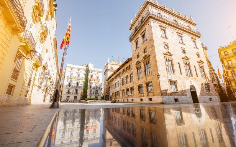 Place de Manises, Valence