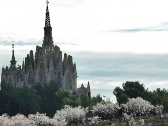 Sanctuaire de la Mare de Deu de Montserrat, la foi cachée entre vignobles et montagnes