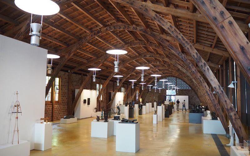 Arcs paraboliques de la Nau Gaudí