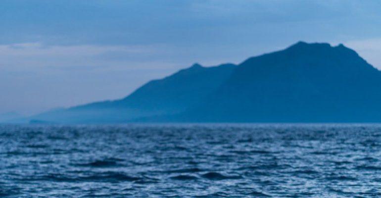 Le mont Cachucho, la chaîne de montagnes sous-marines de la mer Cantabrique où vivent des calmars géants