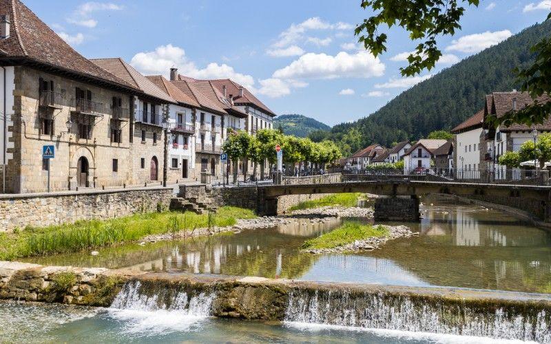 Otsagabia est l'un des villages les plus beaux de Navarre