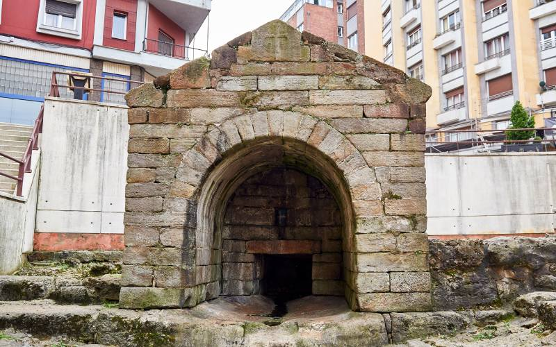 Fontaine de Foncalada à Oviedo