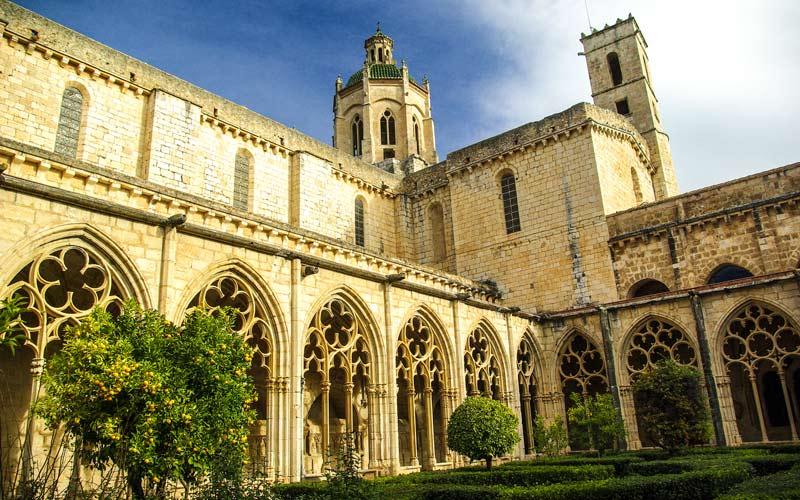 Monasterio de Santes Creus, Monasterios españoles