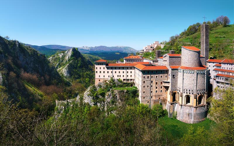 Camino Ignaciano: Santuario de Arantzazu