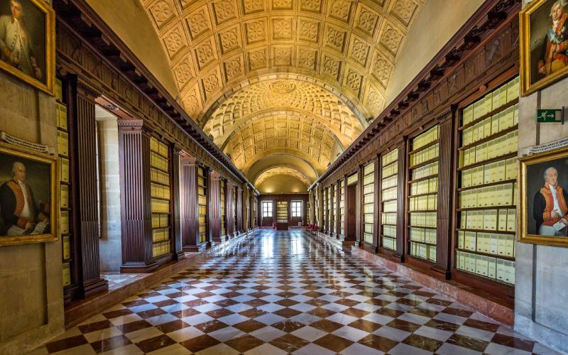 Intérieur des Archives des Indes