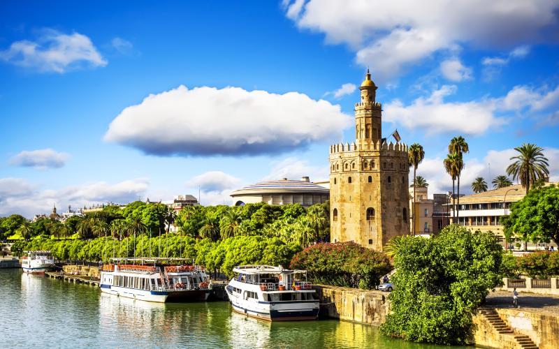 Tour de l'Or et la rivière Guadalquivir