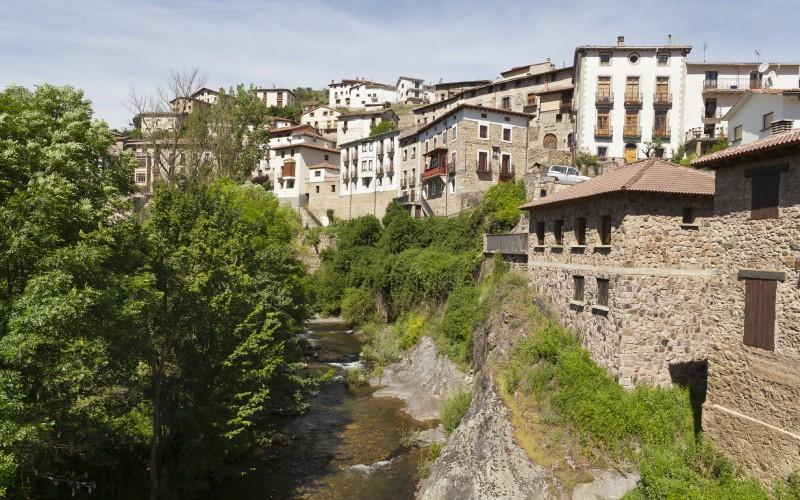 Voici le magnifique village de Villoslada de Cameros