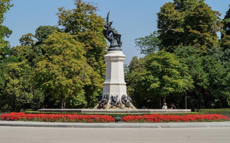 Fontaine de l'ange déchu à Madrid