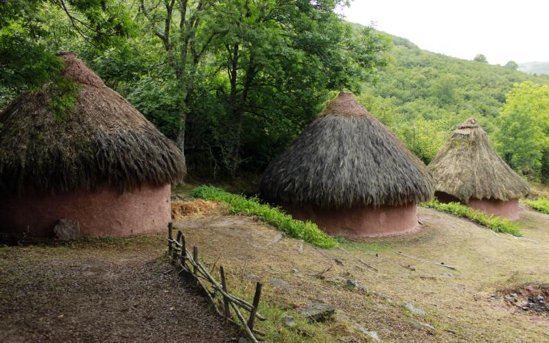 Village Cantabre de Argüeso