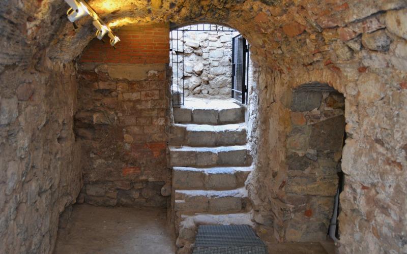 Salle où avait lieu le bain rituel juif dans la maison de la famille Berenguer
