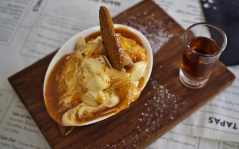 Le bienmesabe est un complément idéal pour la glace de vanille