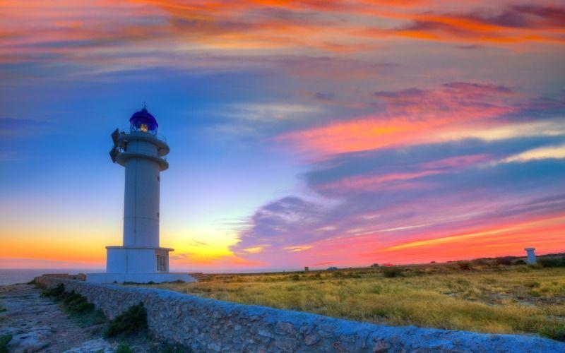 Coucher de soleil au phare de Barbaria