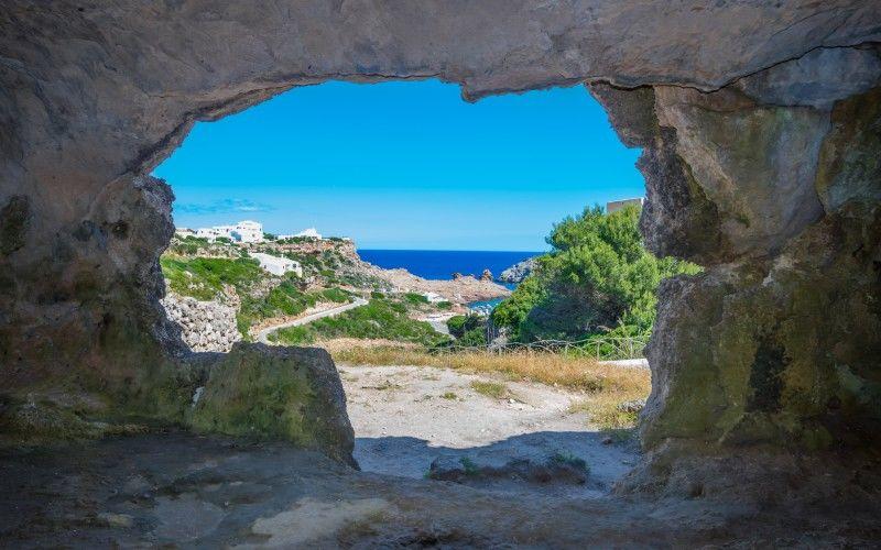 Grottes de la crique Morell