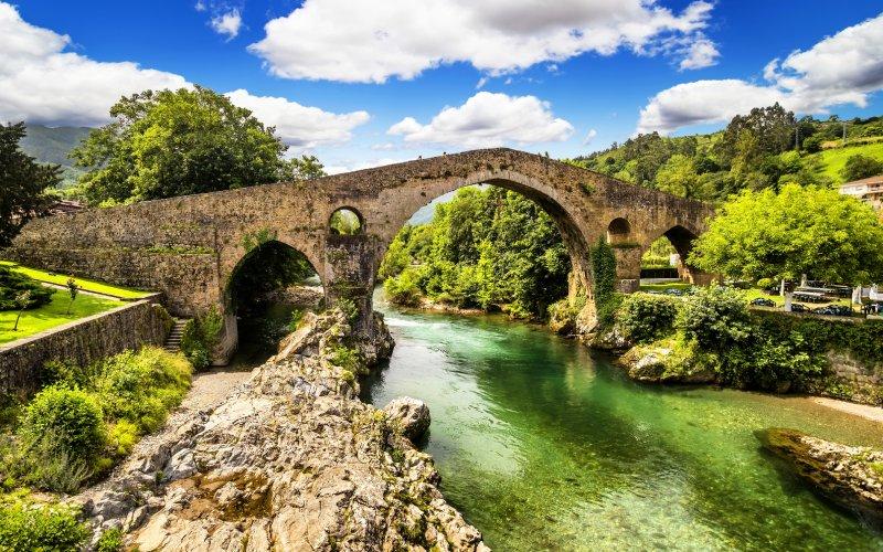 Le spectaculaire pont romain de Cangas de Onís
