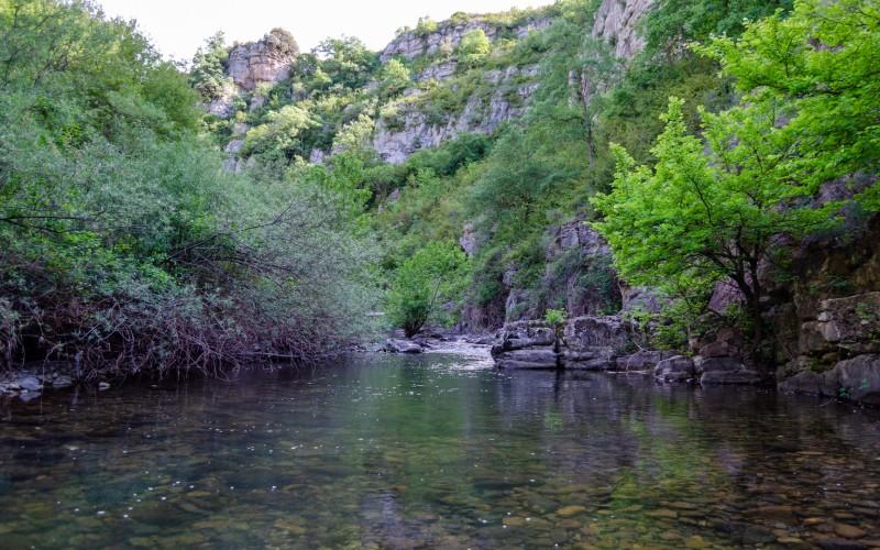 Une des nombreuses cartes postales que la rivière Leza