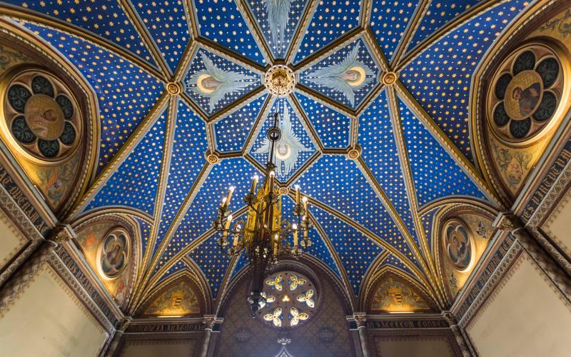 Toit de la chapelle néo-gothique du palais ducal de Gandía