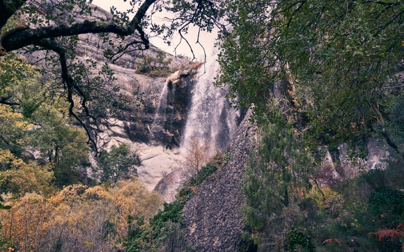 La cascade de la rivière Mea