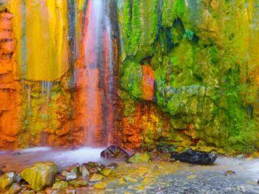 La Cascade des couleurs, le jeu le plus brillant entre la Nature et l'Homme à La Palma