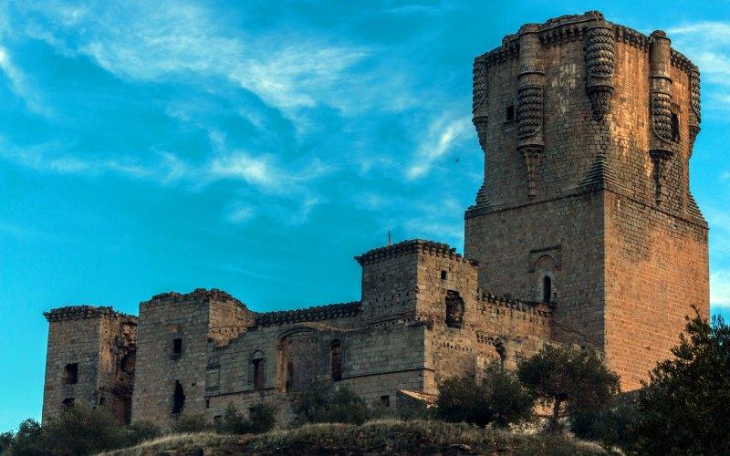 Le donjon du château de Belalcázar accapare toute l'attention