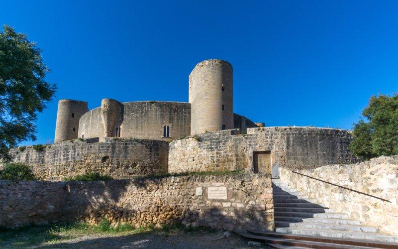 Vue extérieure du château de Bellver
