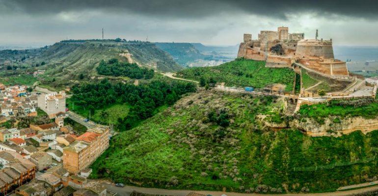 Le château de Monzón, le dernier réduit des templiers en Aragon