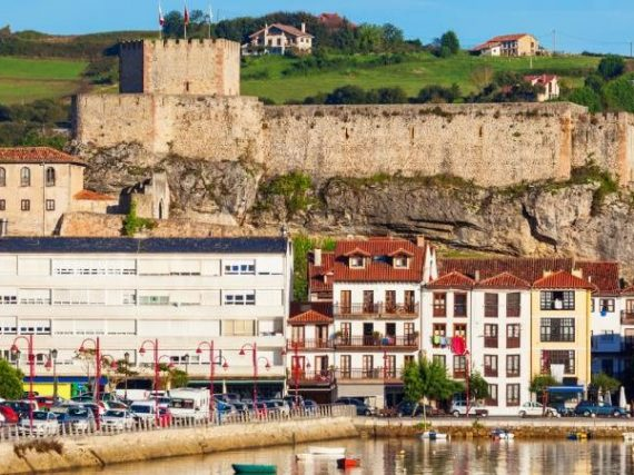 Le château de San Vicente de la Barquera, une défense d'un autre temps