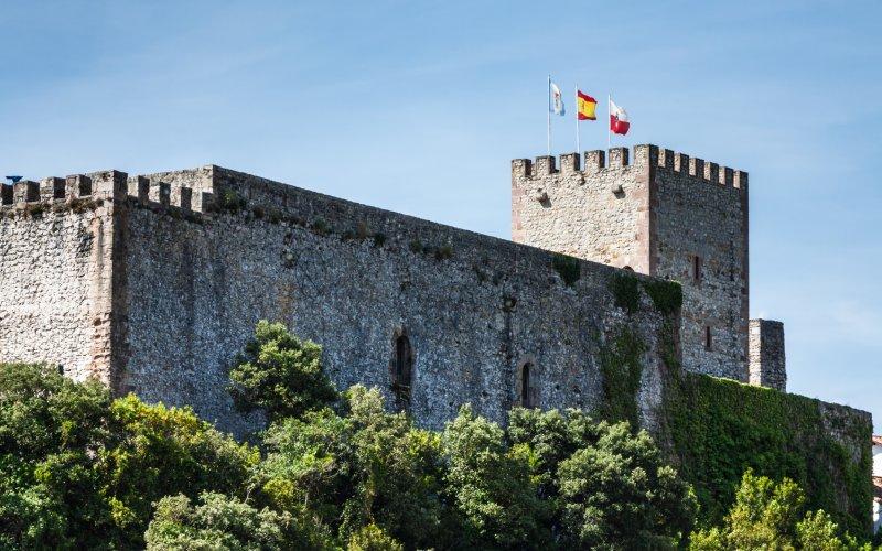 Château de San Vicente de la Barquera