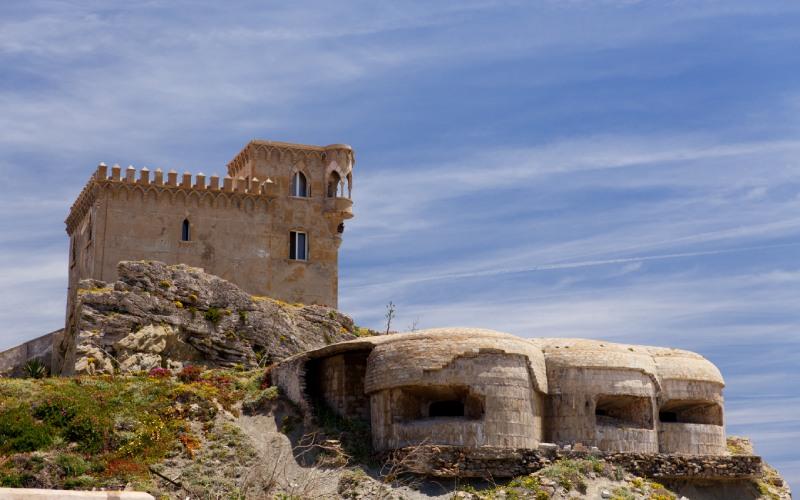 Les bunkers et le château