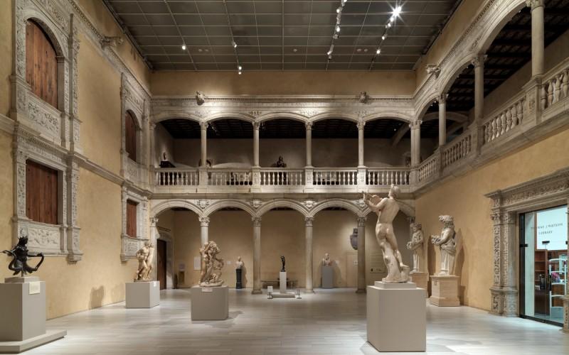 Galeries de la Cour d'Honneur de Vélez -Blanco à New York