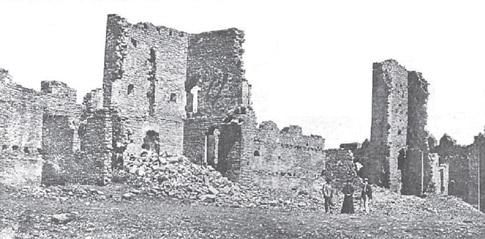 Antigua fotografía de la ruinas del Castillo de Aínsa