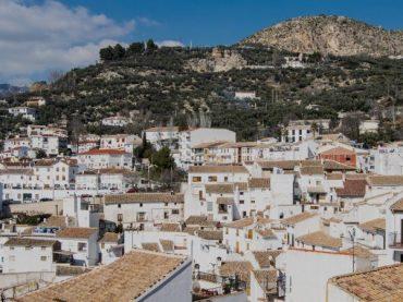 Castril de la Peña, un amour d'été andalou