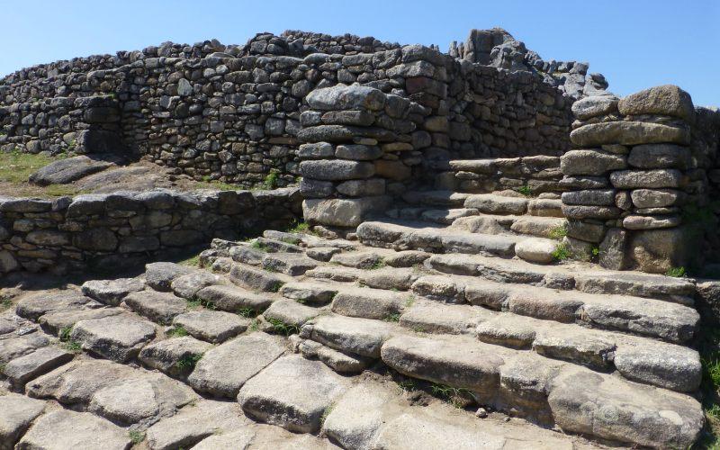 Escaliers du castro de Baroña