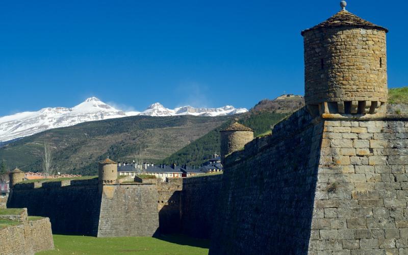 Bastions et guérites de la citadelle de Jaca