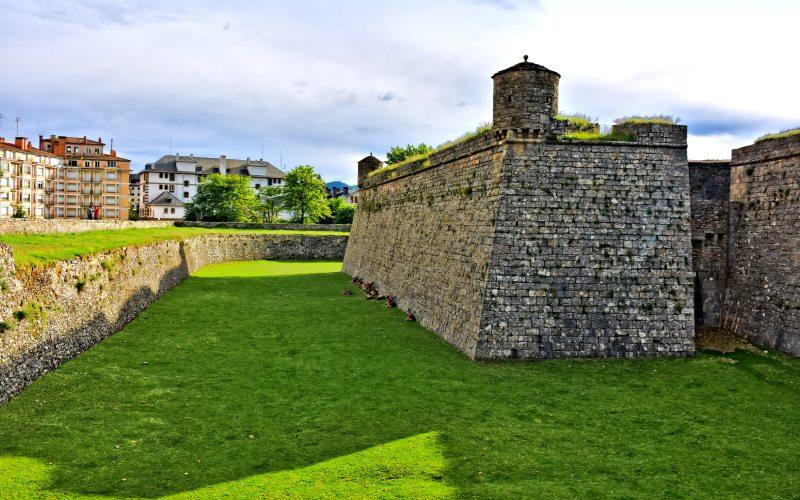 Bastion de la citadelle de Jaca