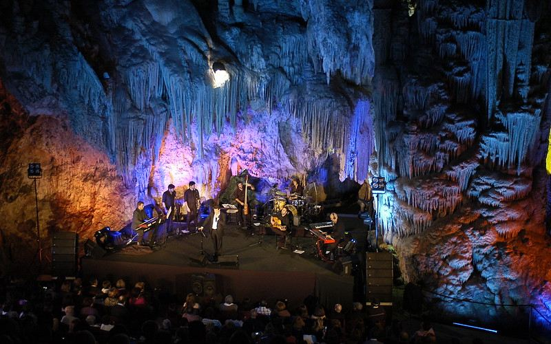 Concert dans la grotte de Nerja