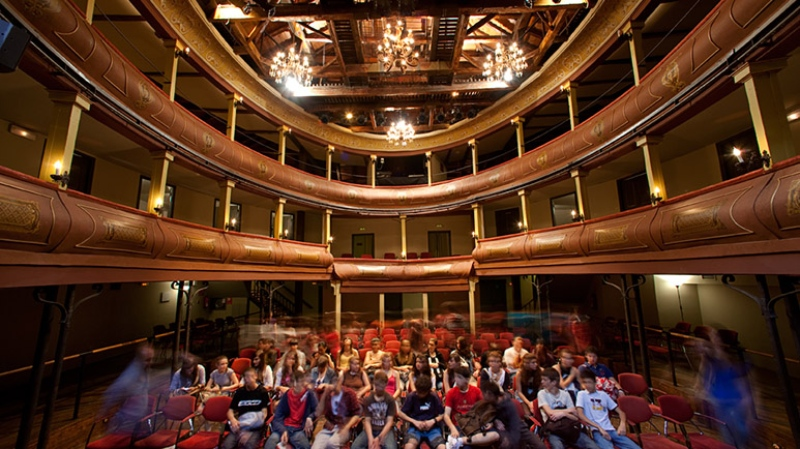 Paterre du corral de comédies d'Alcalá de Henares