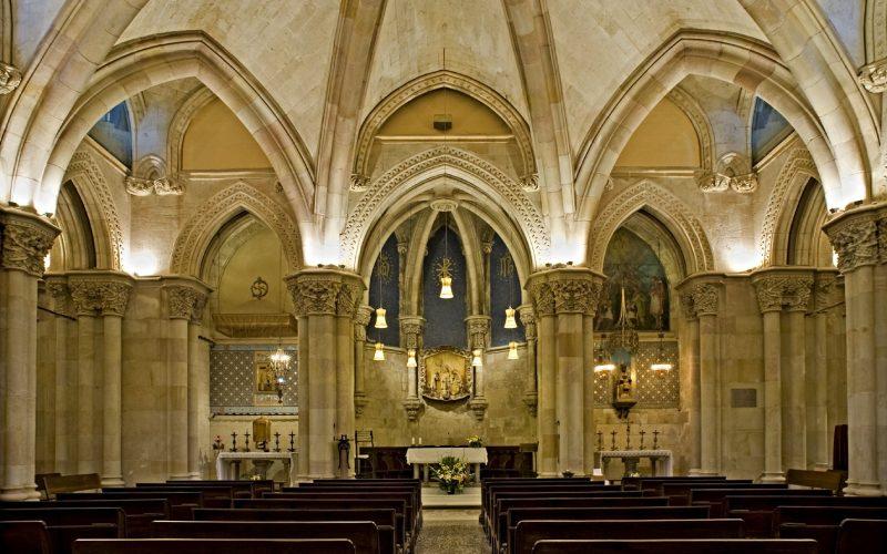 Crypte de la Sagrada Familia