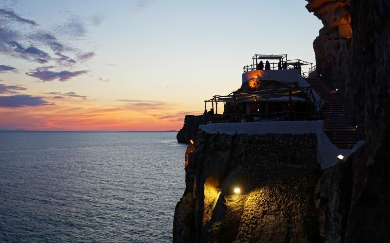 Grotte d'en Xoroi, le lieu en vogue de Minorque