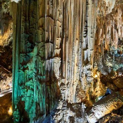 La Grotte de Nerja, une merveille naturelle habitée depuis il y a 40 000 ans