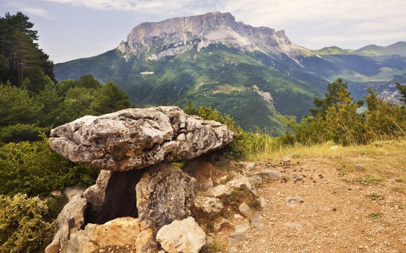 Dolmen de Tella, datant de la période néolithique