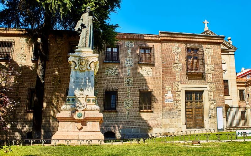 Statue de Lope de Vega dans le monastère de l'Incarnation
