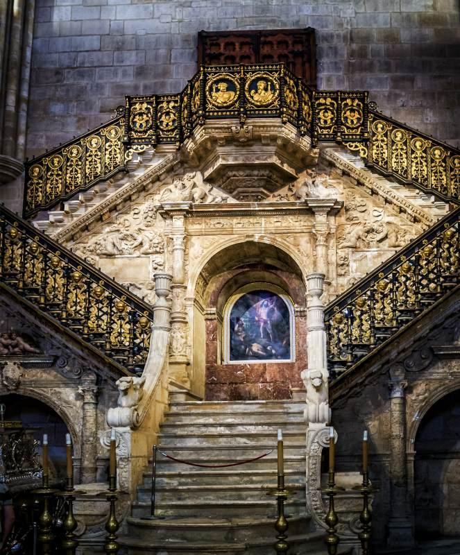L'escalier d'or de la cathédrale de Burgos