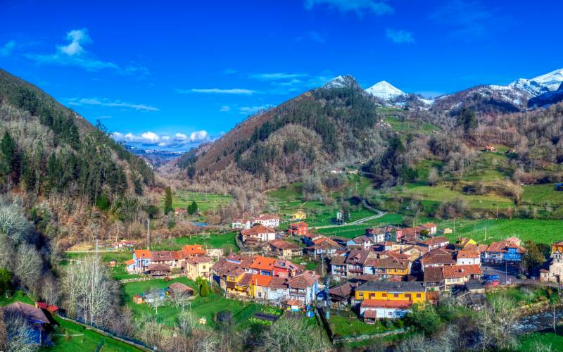 Le village dans les montagnes